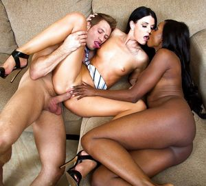 ebony latina threesome
