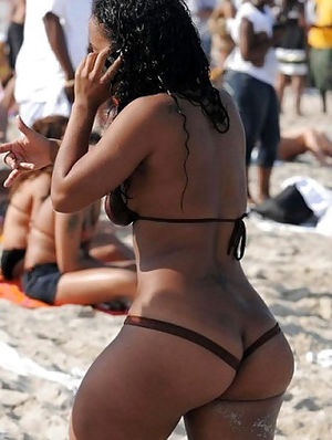 ebony ass nude