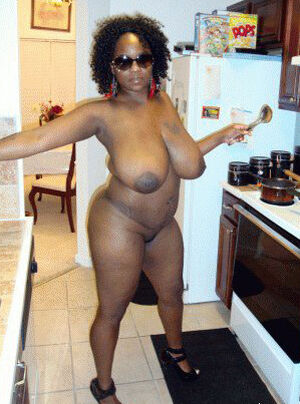 Perfect black whores on the kitchen, the first steps in the porn business. Mature women opens their vaginas