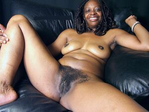 Amateur black women flashing their hairy twats
