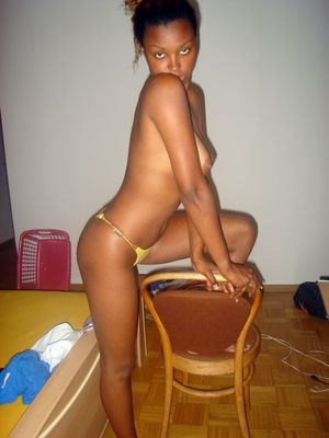 cute black girls nude